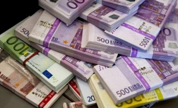 Значителен спад на парите, които работещите в чужбина пращат у нас
