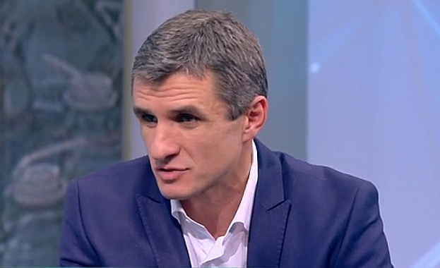 """Кметът на Ботевград: Зам.-министър е позволил ВЕЦ """"Бебреш"""" да заработи"""
