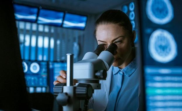 Български учени зад Океана: До две - три години този вирус ще бъде като обикновен грип