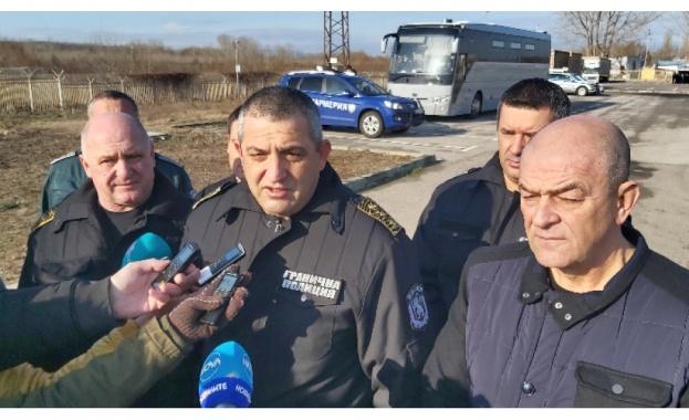 Към България все още нямаме и се надяваме, че няма