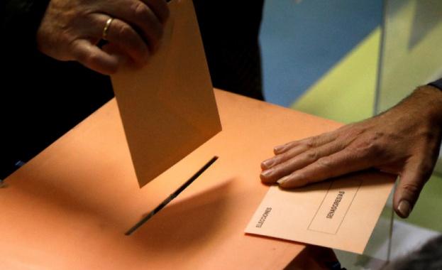 В Словакия днес се провеждат парламентарни избори. Очаква се управляващата