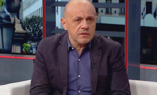 """""""Към България риск от мигрантски натиск няма, повод за паника"""