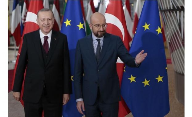 Президентът на Турция Реджеп Ердоган съобщи, че е поискал вчера