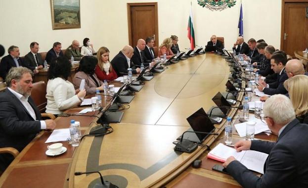 Министър-председателят Бойко Борисов предупреди, че властите няма да толерират нарушения