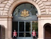 Спецпрокуратурата и СДВР влязоха в сградата на Президентството