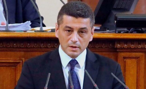 Красимир Янков: България има утвърден план за действие при грипна пандемия, а Борисов реши да прави работни групи