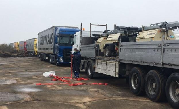 Трансформирането на летището край хасковското село Узунджово в най-галемия ТИР-паркинг