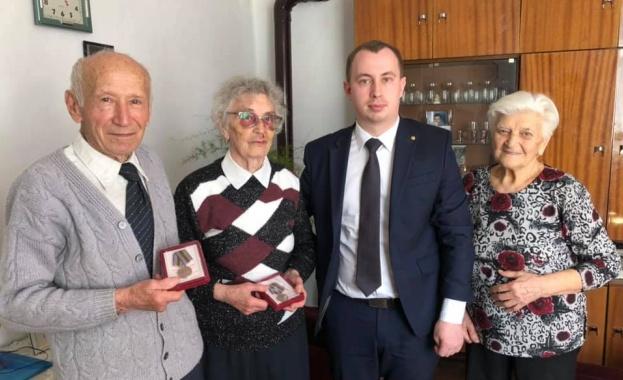 Дипломати от Генералното консулство на Русия в Русе връчиха медали на ветерани от Великата отечествена война
