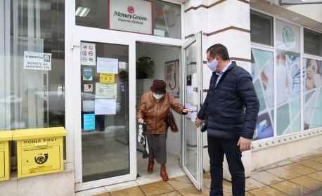Стартира гореща линия за самотни руски сънародници, нуждаещи се от помощ