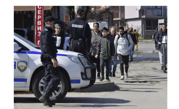 Не се ли въведат драконовски мерки с КПП-та в ромските