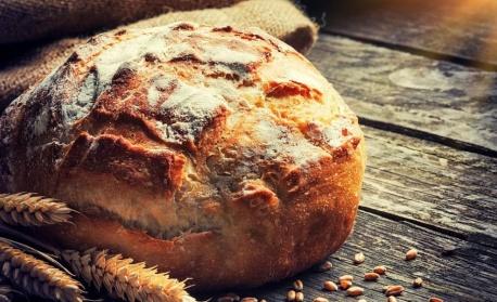 Британците се запалиха по месене на хляб по време на изолацията