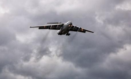 Самолет с близо 200 пътници кацна извънредно в Букурещ