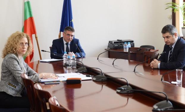 Министърът на правосъдието Данаил Кирилов участва в неформална видеоконференция на