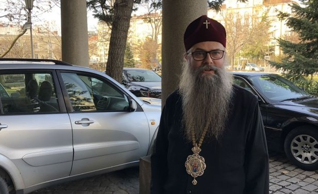 Пловдивският митрополит Николай издаде разпореждане за отбелязването в църквите на