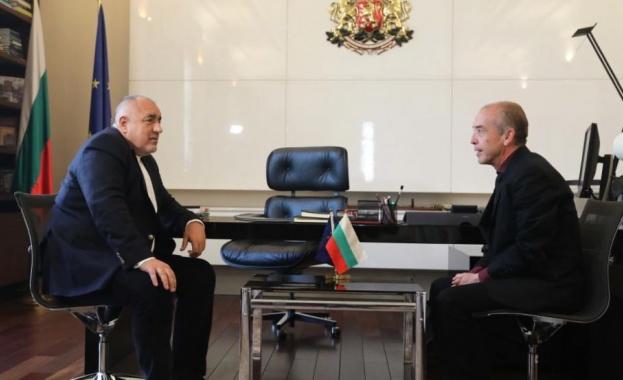 Премиерът Бойко Борисов се срещна с началника на Детската клиника