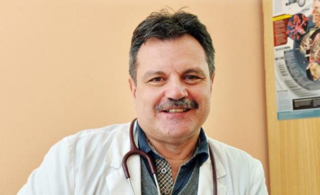 Д-р Александър Симидчиев: Епидемията от COVID-19 затихва