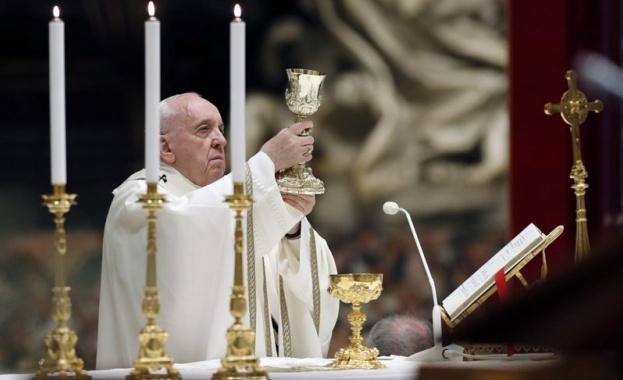 Папата дари 1 млн. евро за благотворителни усилия за коронавируса в Рим