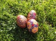 Светът притихна - Великден е!
