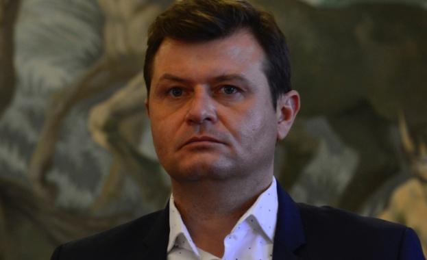 """Даниел Петков е народен представител от ПГ на """"БСП за"""