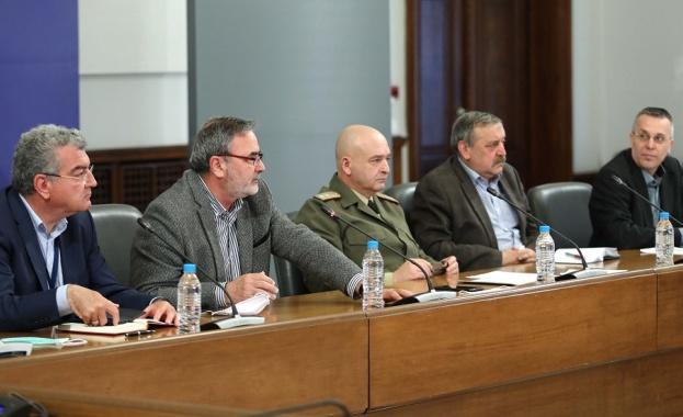 Ген. Мутафчийски: Всяко смекчаване на мерките носи риск от усложняване на епидемията
