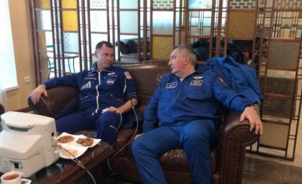 """НАСА успя да купи от """"Роскосмос"""" места за астронавти"""