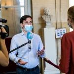 Коронавирусът взима жертви и сред медиите