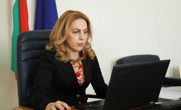 Националният съвет за тристранно сътрудничество проведе извънредно онлайн заседание. На