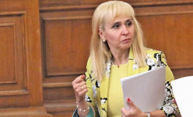 Новоизбраният национален обществен защитник Диана Ковачева продължава битката с монополите