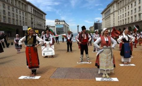 Танцовите школи и читалищата обсъждат с Боил Банов финансови мерки за сектора