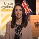 Премиерът на Нова Зеландия дава интервю по време на земетресение (Видео)