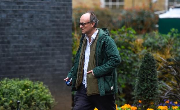 Най-близкият съветник на Борис Джонсън нарушил мерките за изолация
