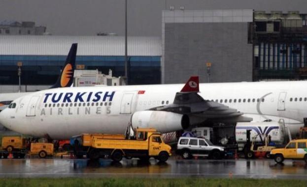 Турция ще разреши ограничен брой вътрешни полети от понеделник, съобщи