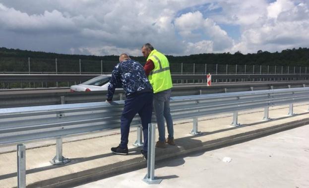 Премиерът Борисов направи проверка на ремонта на виадукта на 20-и