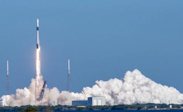 САЩ изстреляха Crew Dragon към МКС от втория опит Тази