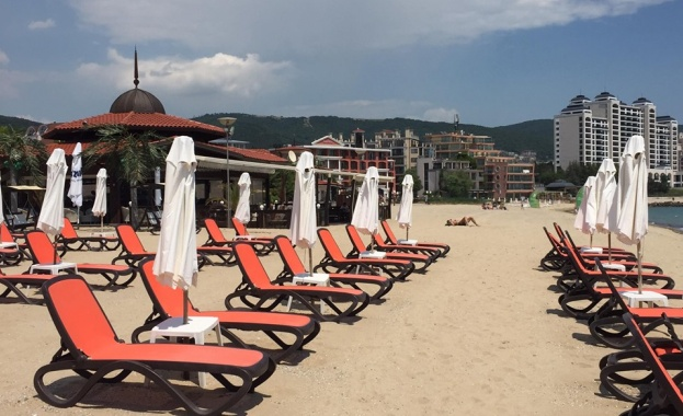 """Проверяват плаж в """"Слънчев бряг"""" след снимка на касов бон"""