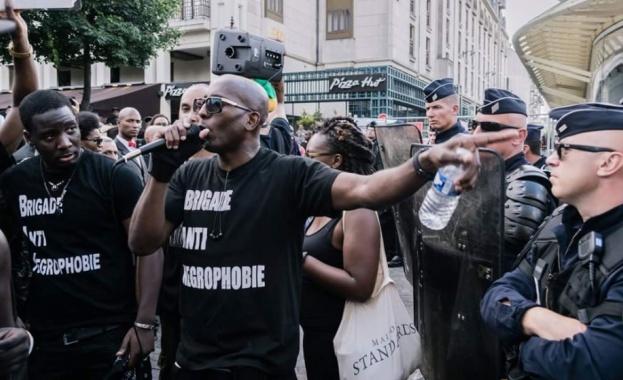 20 000 излязоха в Париж срещу полицейското насилие