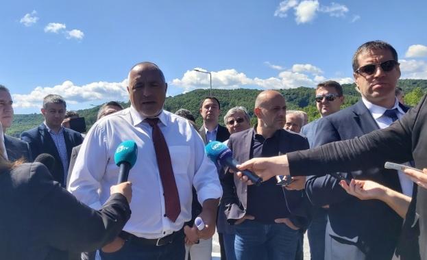 Премиерът Бойко Борисов коментира пред журналисти, че още днес ще