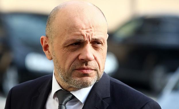 Дончев: Ще стоим, докато има полза и не се скъса връзката с гражданите