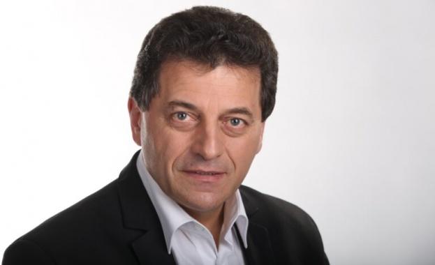 Георги Анастасов е бивш председател на партия Български социалдемократи. Години