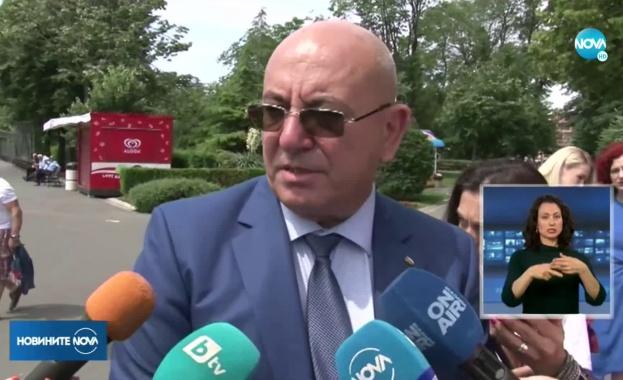 Министър Димитров каза защо протестите са вредни за България