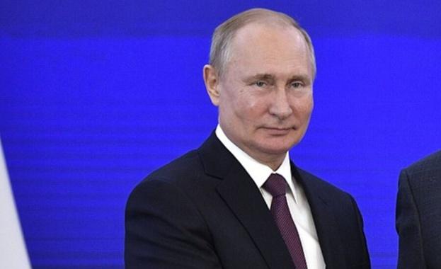 Путин: Русия регистрира втора ваксина срещу Covid-19
