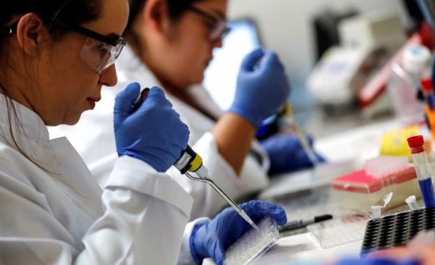 Започна имунизация на доброволци във Великобритания с нова ваксина срещу