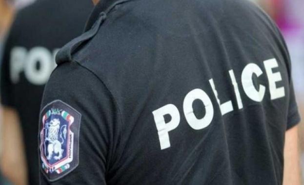 Проверяват се автомобили и лица от криминалния контингент Специализирана операция