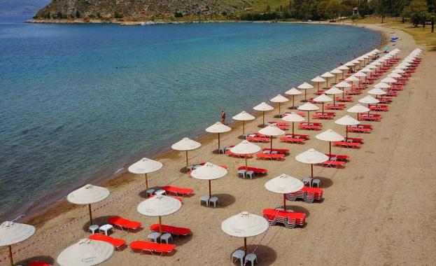 """Безплатни ли ще са чадърите и шезлонгите на плаж """"Крайморие"""""""