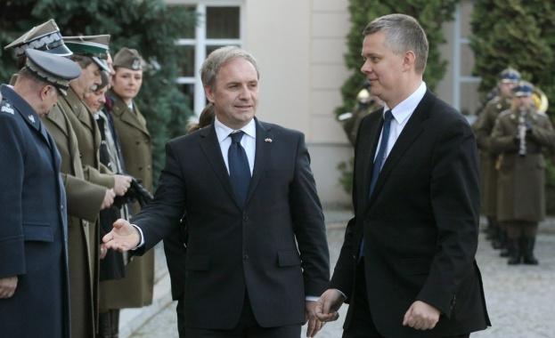Словенската полиция остана без ръководство, след като министърът на вътрешните