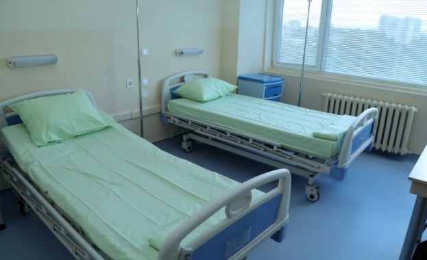 Здравният министър: Дълговете на болниците са 700 млн. лв.