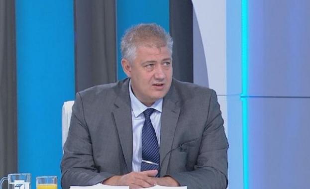 """Проф. Балтов: """"Зелени коридори"""" ще заработят след първа фаза на ваксиниране на избирателните комисии"""
