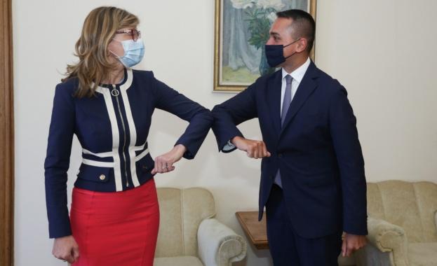 Двамата обсъдиха мерките за борба с коронавируса и възстановяването на