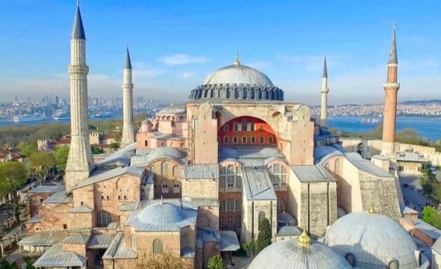 """Европейският парламент се обяви в защита на храма """"Св. София"""" в Истанбул"""