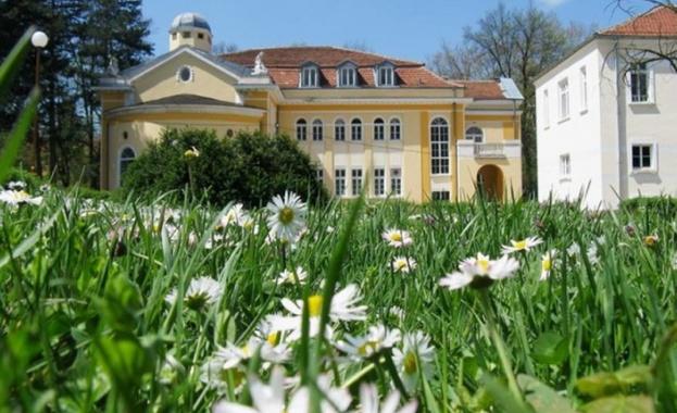 Семейни хотели и къщи за гости отново посрещат гости във Вършец